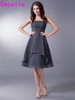 회색 짧은 무릎 길이 웨딩 들러리 드레스 끈이 플리츠 쉬폰