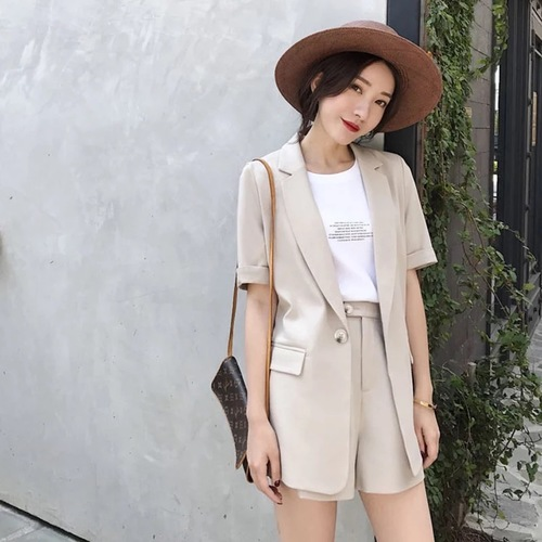 2108 Summer Korean Version Women Wear With Two Sets Smart Short Apricot Female Office Lady Suit