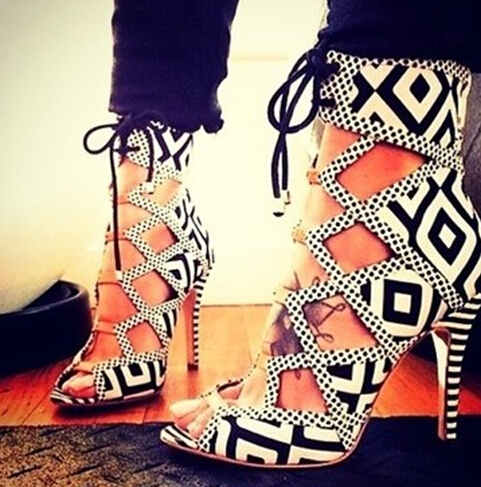 Geometric black/white patchwork high heels cut-outs ankle boots summer gladiator sandal peep toe women booties fashion shoes hot sale white and black lace up women pumps cut outs peep toe high heels sandals fashion mixed colors summer ankle boots
