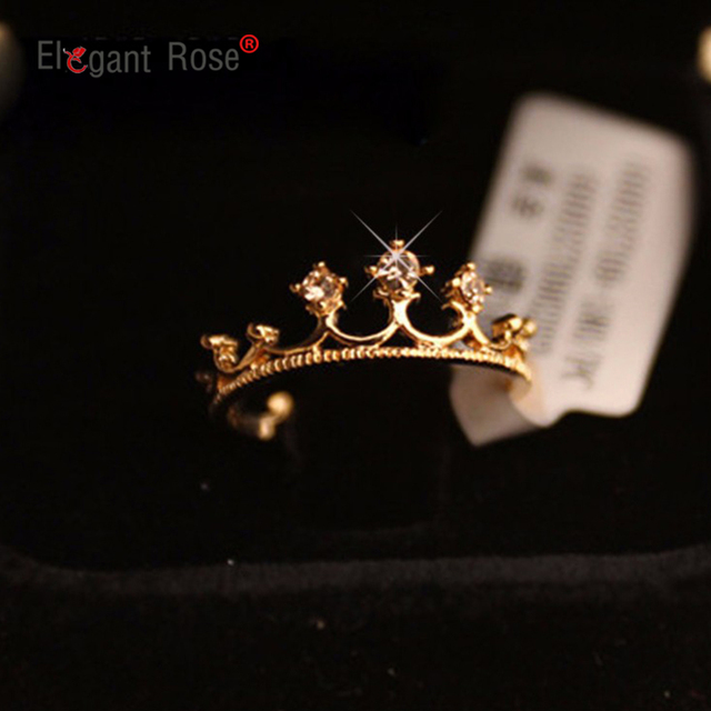 Fashion Vintage Gold Crystal Drill Hollow Crown Shaped Queen Temperament Rings F