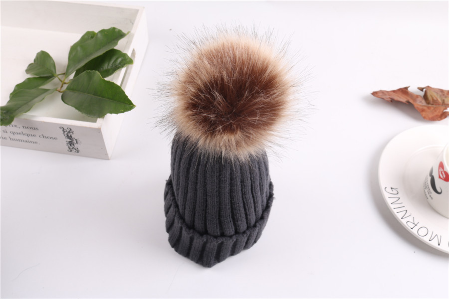 Mink And Fox Fur Ball Cap Pom Poms Winter Hat For Women Girl 's Hat Knitted Beanies Cap Brand New Thick Female CapAHT302 new star spring cotton baby hat for 6 months 2 years with fluffy raccoon fox fur pom poms touca kids caps for boys and girls