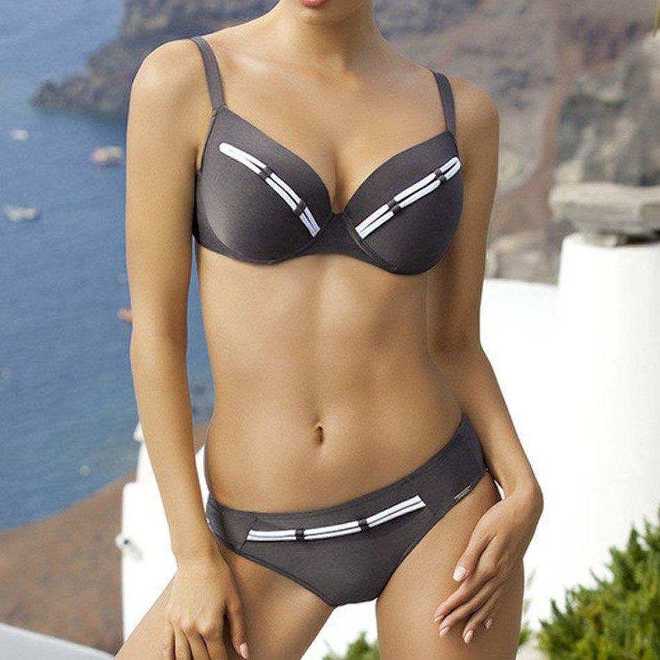 2018 Sexy Driehoek Bikini Push Up Badpak Gewatteerde Badmode Vrouwen Tweedelige Beachwear Rood Badpak Biquini Zwemmen Pak