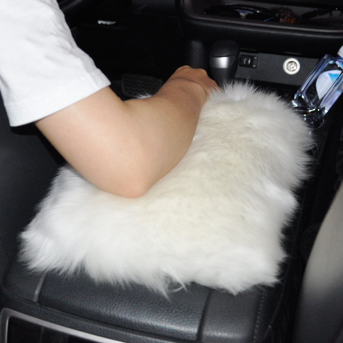 DWCX Car SUV Center Console Armrest Sheepskin Wool Box Cover Pad Cushion Soft Mat For VW Audi Ford Toyota Chevrolet Peugeot Kia