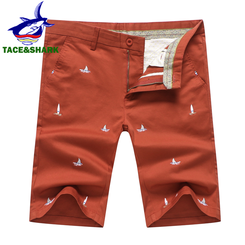 TACE&SHARK Brand 2018 New Arrivals Fashion Men Cargo Shorts Straight Fashion Cotton Mans Embroidery Short Trousers Plus Size