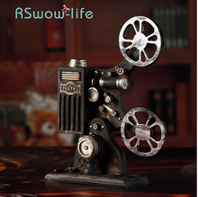 Retro Nostalgic Film Projector Model Props Creative Cinema Shooting Ornaments Resin Crafts For Home Decoration
