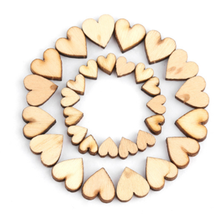100Pcs 4-Size Craft Rustic Wooden Love Hearts Wedding Party Table Scatter Decoration Scrapbooking Accessories