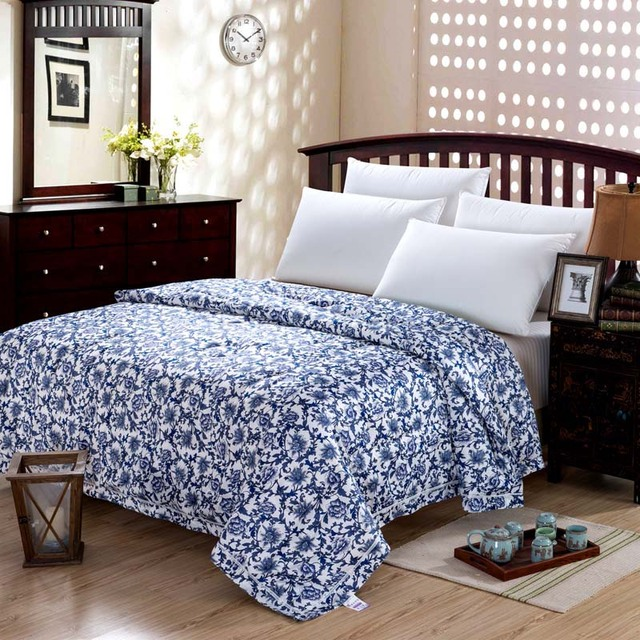 Mulberry Natural Silk Comforter Blue And White Queen Size Spring Summer Handmade Duvet Bedspread Bedding Decorative Pattern