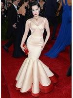 2018 Elegant Mermaid V Neck Red Carpet Dresses Spaghetti Straps Pleat Open Back Celebrity Dress Custom Made Prom Dress