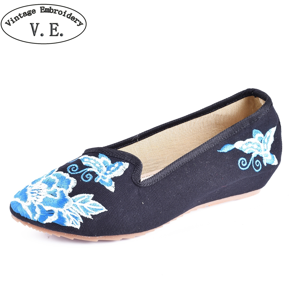 Vintage Women Flats Shoes Pointed Toe Old Beijing Canvas Butterfly floral Embroidered Single Slip On Dance Ballet Flat 2017 new old beijing boho cotton linen canvas cloth shoes national thailand handmade woven round toe flat shoes with embroidered