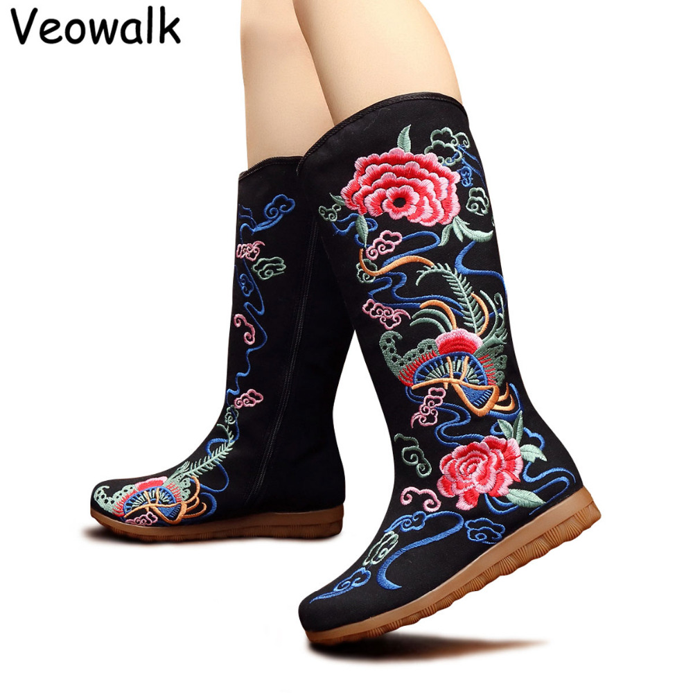 Veowalk Autumn Old Beijing Cotton Embroidered Woman Casual Mid Boots Ladies Canvas Flat Platform Shoes Botas Mujer Zipper veowalk winter warm fur women short ankle boots cotton embroidered ladies casual canvas 5cm heels wedge platform booties shoes