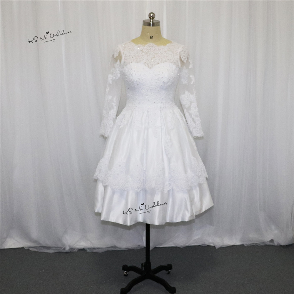 2017 Spring Christmas Short Wedding Dress Lace Bateau Long Sleeve Bridal Wedding Gowns Open Back Princess Vestido de Noiva Curto