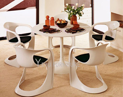 Minimalist Modern Design Plastic Dining Chair With Cushion Dining Furniture  Padded Chairs Soft Seat Plastic Chair 1PC With Pad