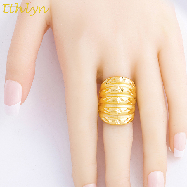 Ethlyn Adjustable Geometric Unisex Jewelry Ring Dubai Gold Color
