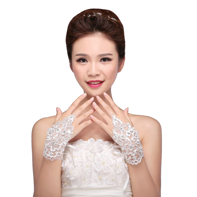White Lace Sequins Rhinestone Bride Fingerless Evening Gloves for girls white Hollow Gloves for Bride