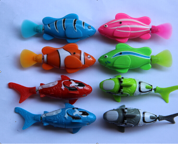 Electric diving robot fish toys to accompany for children for Robot fish toy