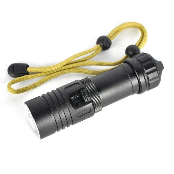 1000Lm Plongée Sous-Marine 50 m Flash Lumière 10 W XM-L2 LED lampe de Poche LED Plongée Torche Étanche Lumière