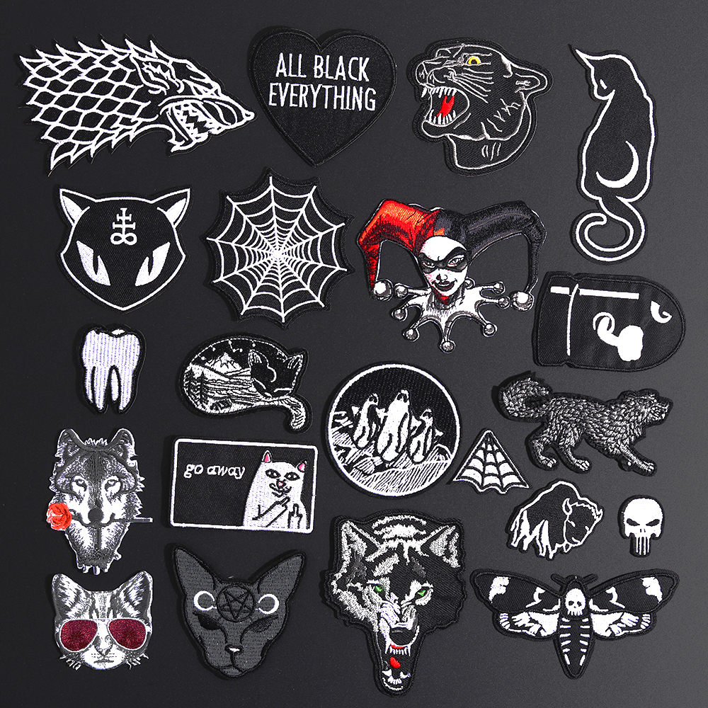 Fine Wolf Leopard Spider Web Patches Black Animal Pokers Rose Wolf Cat Appliques Iron On Bullet Tooth Clothes Jeans Badges