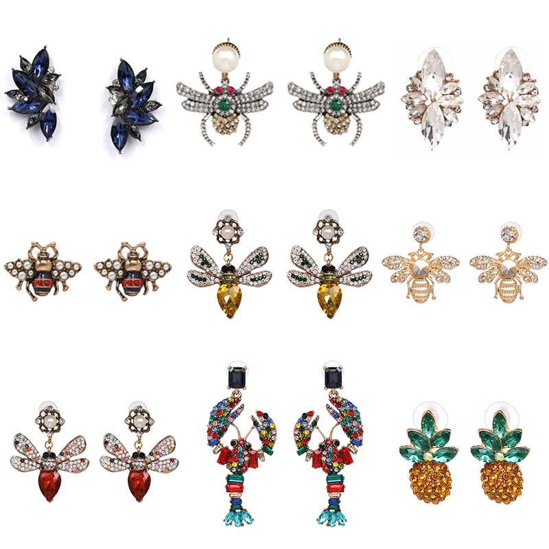 FASHIONSNOOPS Vintage Rhinestone Earring Bee Animal Stud Earrings For Women Statement Crystal Jewelry Gift Brincos