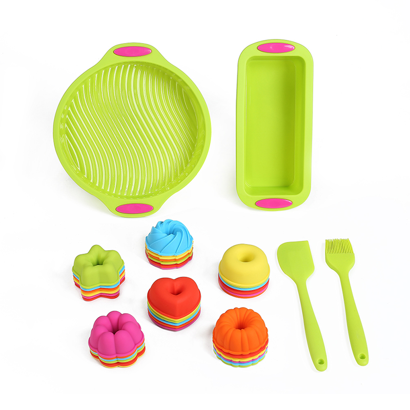 40 Piece Bakeware Set Baking Round Cake Mold and Loaf Pan Silicone Egg Muffin Cups Donut Baking Pans with Pastry Brush & Spatula
