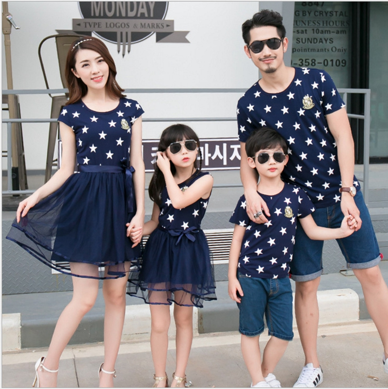 HTB1KY8uacvrK1Rjy0Feq6ATmVXac - Summer Cotton Family Matching Outfits Mom And Daughter Mesh Dress Dad Son Blue White Stars Short T-shirt Children Clothing