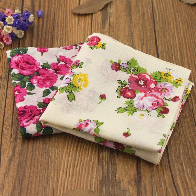 Rosas elegantes 100% algodón pañuelo vendimia para las señoras 18 cuadrado  pastoral florales mujeres de calidad superior Pañuelos regalos 95140bb1701f