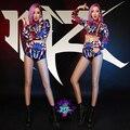 Envío gratis 2017 nueva sexy dj DS cantante danza disfraces fotografía pictórica azul y rojo geométrica 3pce establece trajes de la etapa