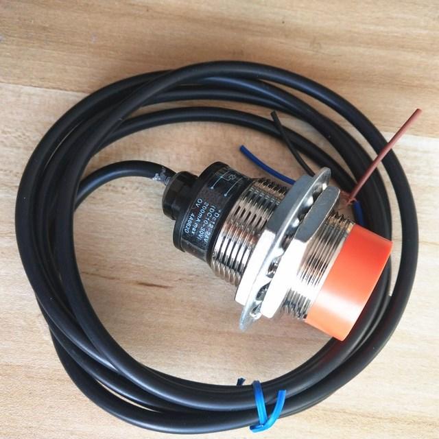 pr30-15dp inductive proximity sensor switch pnp 3-wire no 12-24vdc  detection distance 15mm
