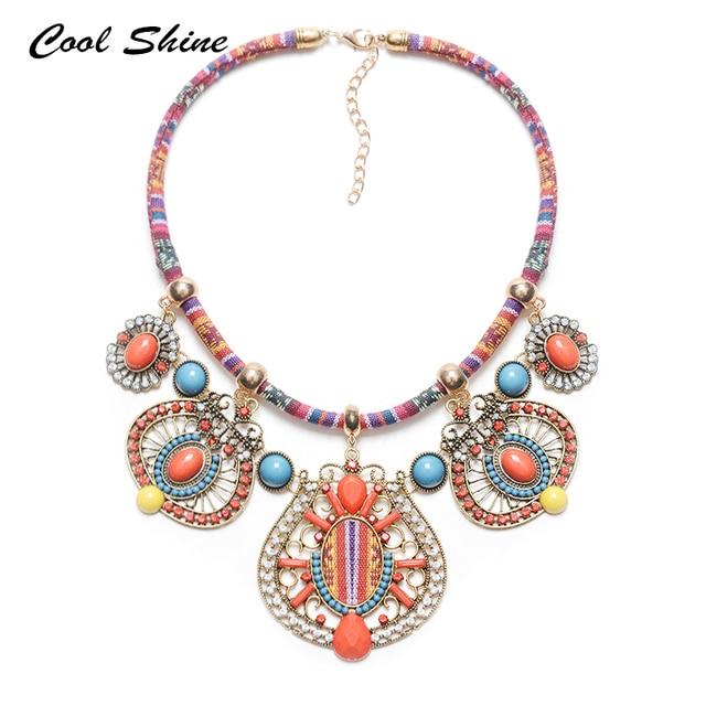 32a830b11a21 2016 Mujeres de la Moda Bohemia Beads Choker Collar Babero Collar y  Colgantes Moderno Hippie de