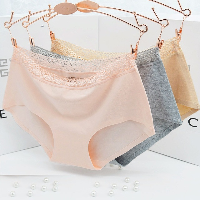 One-piece Seamless Briefs Non-Trace Pure Cotton Lace