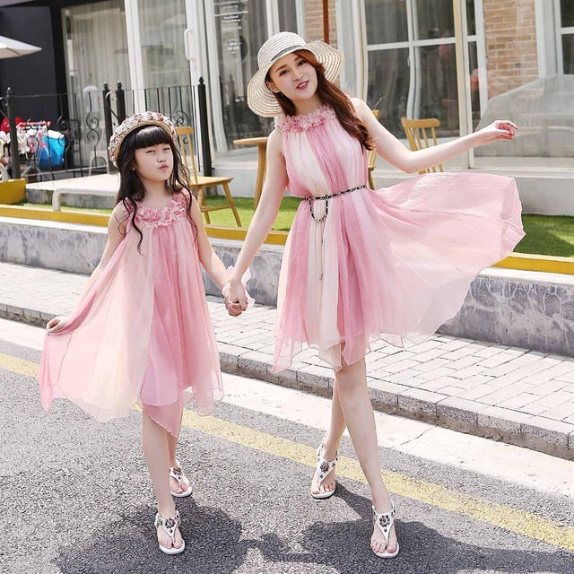 78169dbc78 Matching Mother Daughter beach Clothes Family Look Matching Mom and Daughter  Dress Parent-child Outfit