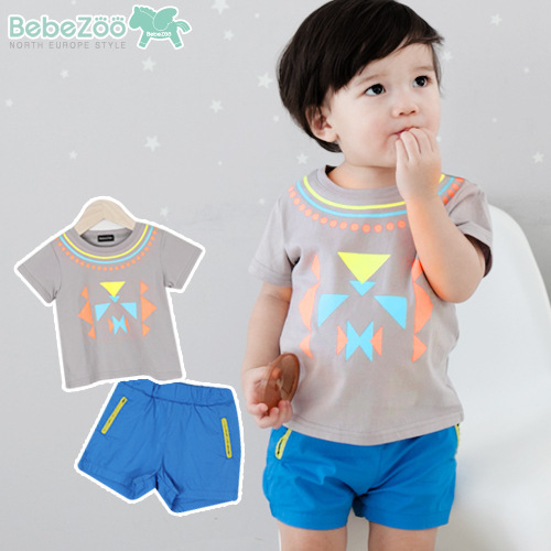 New Summer Clothes for Kids Boys 2PCs Handsome Triangle Geometric Pattern Little Boys Summer T shirt Shorts Free Shipping fashion handpainted palm sea sailing pattern hot summer jazz hat for boys
