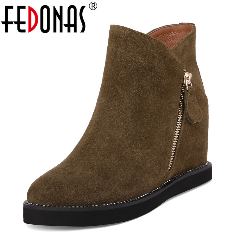 FEDONAS Basic Women Ankle Boots Wedges High Heeled Autumn Winter Cow Suede Quality Martin Shoes Woman Warm Short Casual Boots fedonas retro ruffels women shoes woman wedges high heeled warm autumn winter motorcycle boots fashion new round toe martin shoe