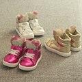 Nuevo 2016 primavera otoño niños zapatos niños de dibujos animados lindo arco KT gato zapatos de diamantes niñas zapatos casuales zapatos de bebé zapatillas de deporte moda