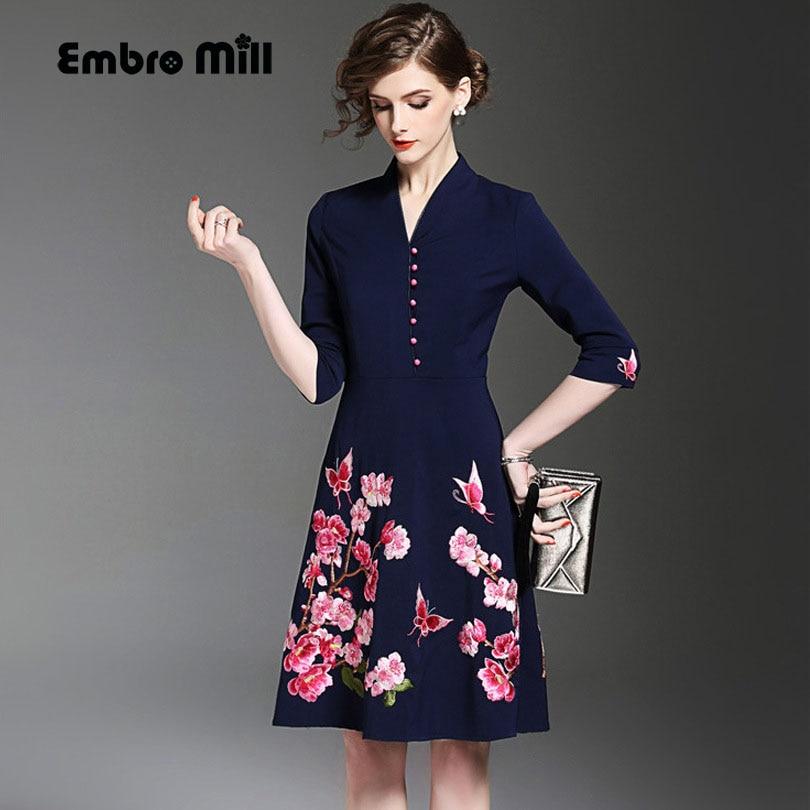 2017 Autumn midi casual dress V-neck vintage royal embroidery floral dress fashion slim elegant lady A-line party dresses S-XXL lady xxl