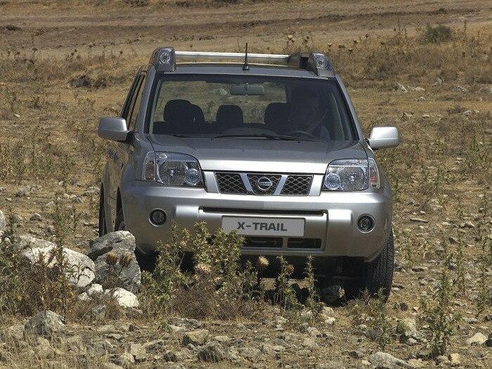 Nissan-X-Trail_2004