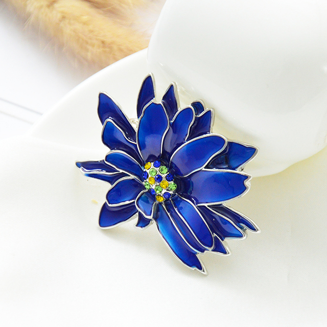 mziking New Blue Flower Brooch for Women Chrysanthemum Brooch Enamel Pin Jewelry Clothes Accessories Brooches For Wedding Brosh