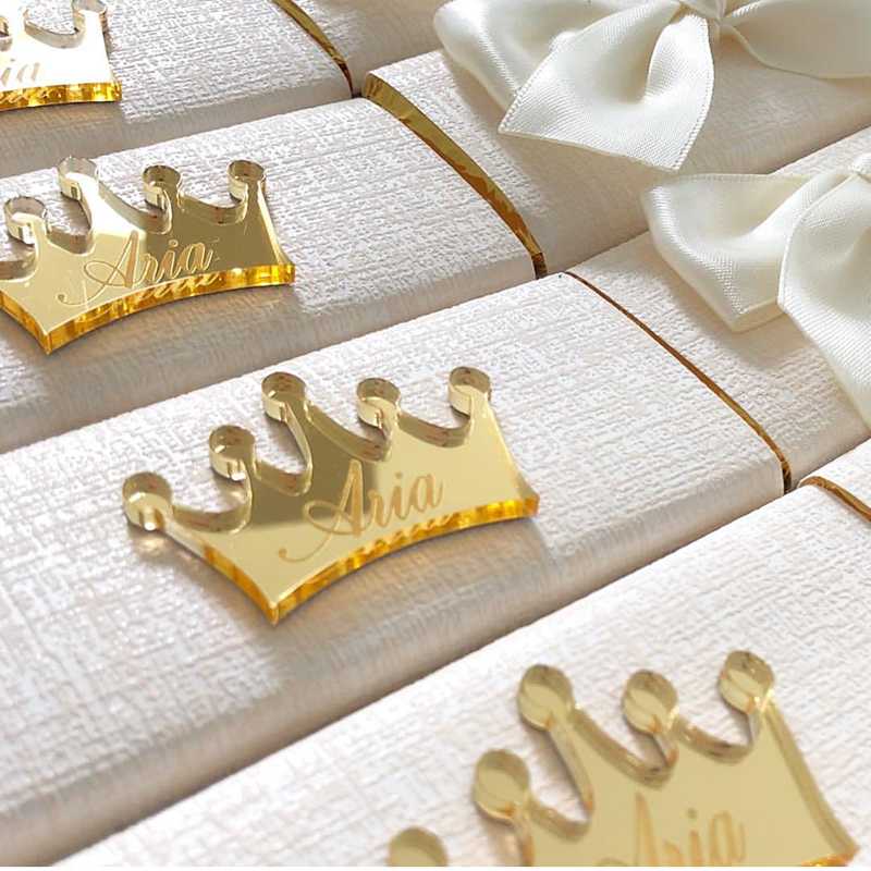 Custom Made Gold Acrylic Crown Mirror Tags, Engraved Chocolates Tags, Personalized Acrylic Logo For Party Wedding Baby Shower