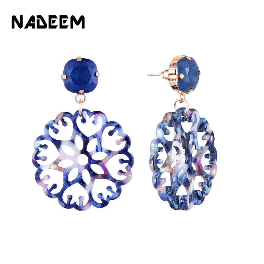 New Bohemia Resin Flowers Hollow Acetic Acid Acrylic Stud Earrings For Women Fashion Blue And White Porcelain Stud Earrings
