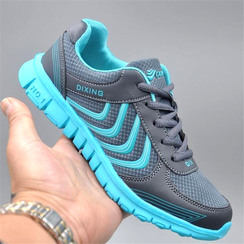 Cheap trainers Sport Shoes Super Light Sneakers Outdoor Athletic Women/Men Air Mesh Breathable Running Shoes girls/boys