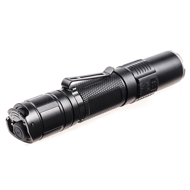 New Flashlight KLARUS XT2CR CREE XHP35 HD E4 LED max. 1600LM beam distance 240M tactical torch +18GT-36 3600mAh battery + cable