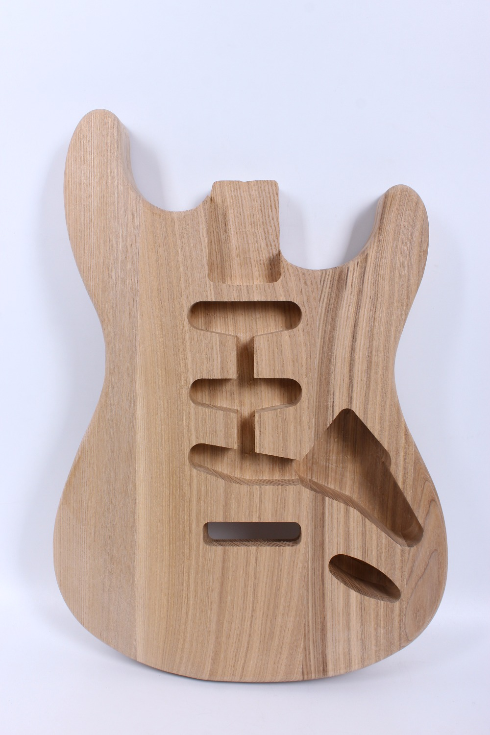 ST guitar body 2.5 Kg 3 piece Manchurian Ash guitar body unfinished electric guitar installation parts opi лак для ногтей classic 15 мл 106 цветов my vampire is buff