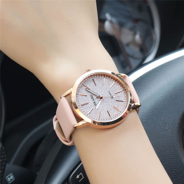 Top Brand High Quality Fashion Womens Ladies Simple Watches Geneva Faux Leather Analog Quartz Wrist Watch clock saat Gift 2