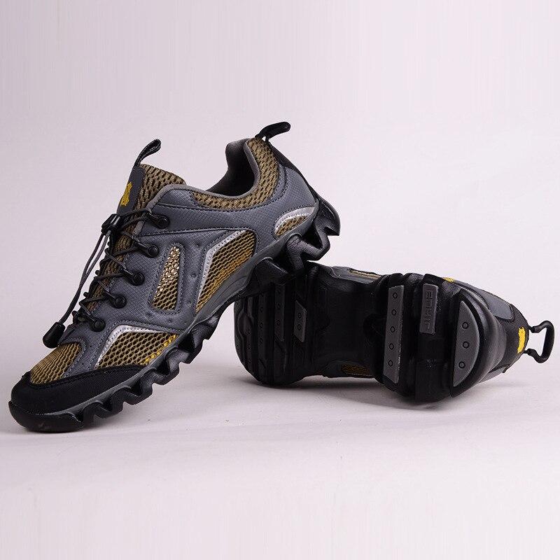 Aqua chaussures 2018 automne nouveau extérieur respirant maille en amont rivière chaussures antidérapant résistant à l'usure tourisme camping hommes chaussures de plage