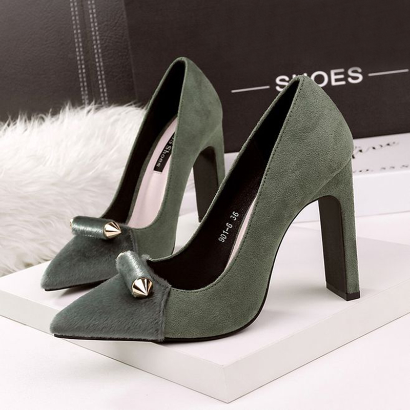 European and American Meeting Grind sexy pointy high heeled shoes nightclub metal and women's single shoes women 2017the mostfashion trends european and american brands genuine flowers ladies luxury short shoes club sexy women s shoes