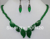 Free Shipping Wholesale>>>Exquisite real Green stone Necklace Earring fashion set