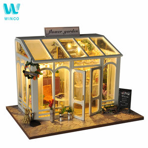 WINCO Wooden Diy Doll house To