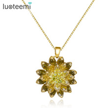 LUOTEEMI Wholesale Russian Design Jewelry Champagne Gold Color Noble Special Olive Green Purple CZ Flower Pendant