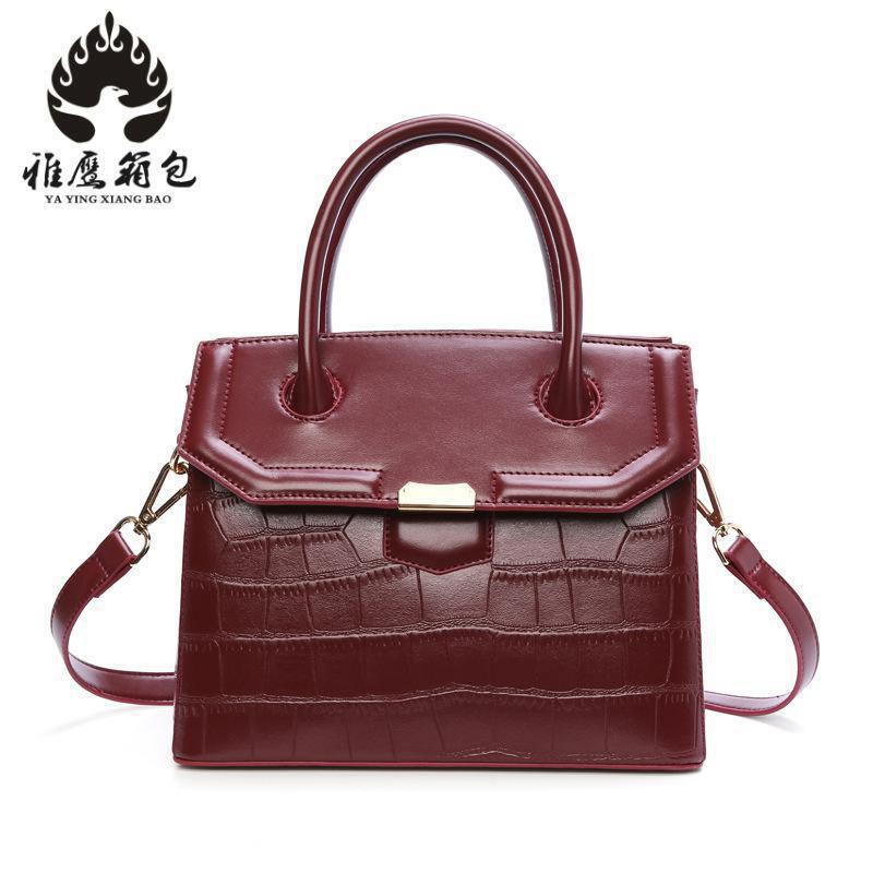 New 2018 Fashion Genuine Leather Women Bag Patchwork Natural Cow Leather Shoulder Bag Famous Brand Women Handbag Casual Tote Sac new 2017 fashion brand genuine leather women handbag europe and america oil wax leather shoulder bag casual women