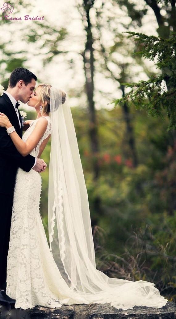 Romantic-Lace-Edge-Chapel-Length-Wedding-Veil-with-Comb-Hot-Sale-Long-Bridal-Veils-Cheap-Wedding (1)