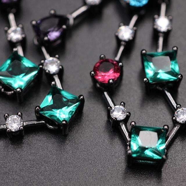 Hjärta i Kristallglas med Cubic Zirconia halsband.